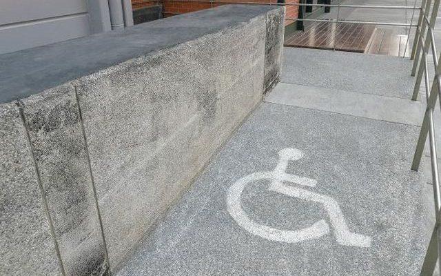 uchwyty dla niepełnosprawnych